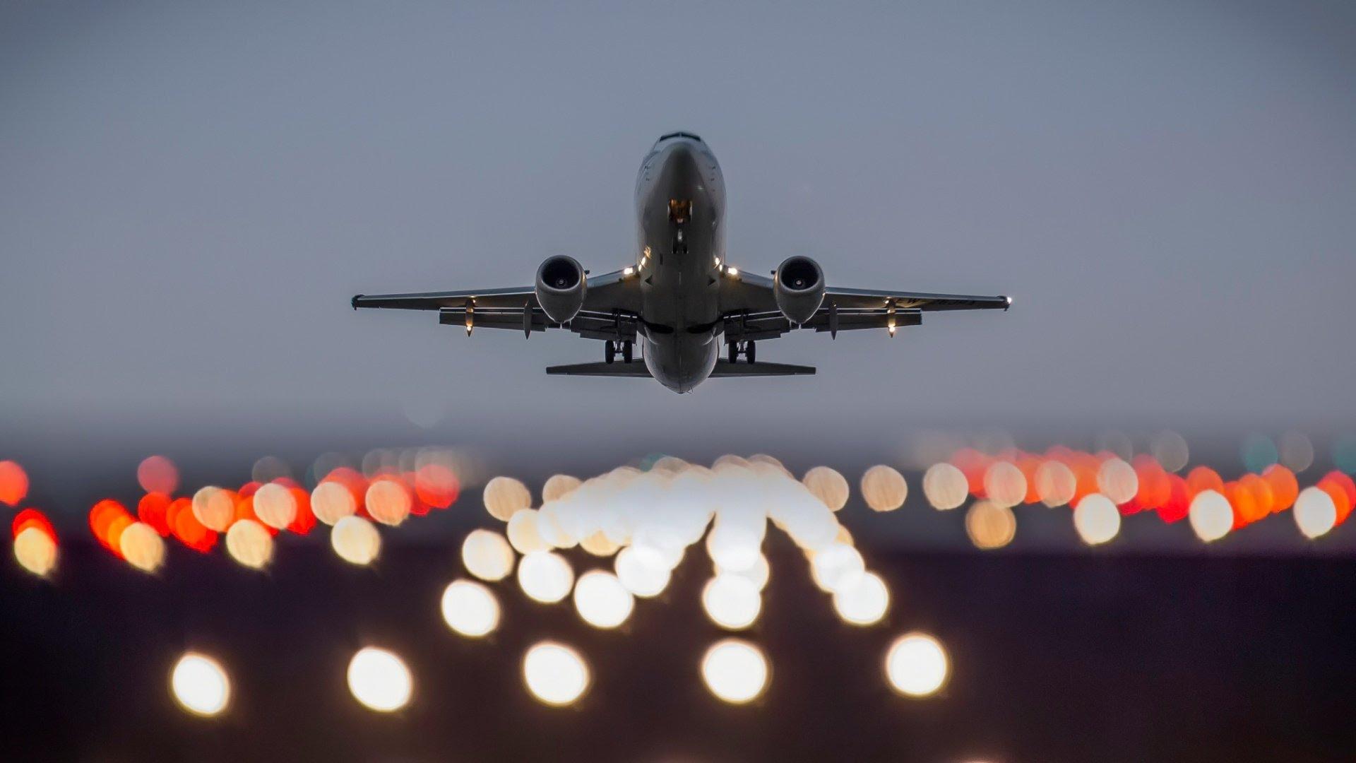 взлет самолета фото